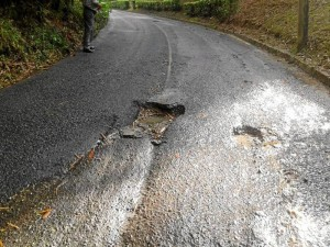 Estos son los tres huecos más peligrosos que tiene la vía a Altos de Terrazas.