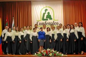 En 1982, gracias al apoyo y patrocinio de la Caja de Compensación Familiar Comfenalco Seccional Santander, se funda la coral.
