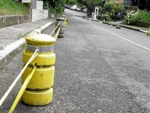 De esta manera los residentes buscan liberar una vía de El Jardín, detrás de la Unab.