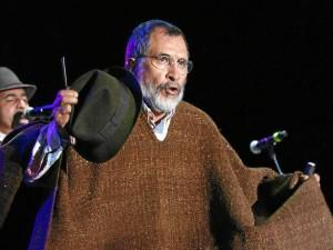 Jorge Velosa, cantante, compositor y docente universitario boyacense.