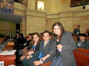 En una de las plenarias del Parlamento Europeo de Euromodelo Joven 2012, en el Congreso de la República.