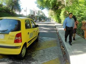 Las ventajas de muchos caminantes del sector es que trabajan cerca de sus casas, lo que facilitó el trayecto a pie.