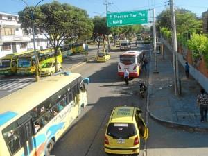 Carrera 33 frente a La Merced, el Día Sin Carro
