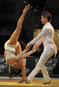 Los talleres incluyen baile e historia de la salsa.