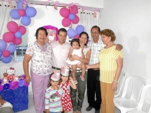 Ana Morales, Yesith Britto, Nelly Naranjo, Valeria Sofía Fernández Britto, Andrés Fernández y Verónica Britto.