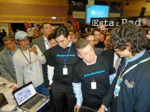 En el Campus Party el estudiante compartió su proyecto junto al Presidente Juan Manuel Santos.