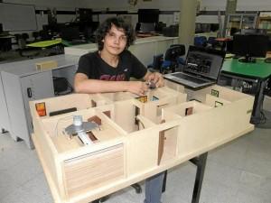 Julián es residente de La Aurora y desde pequeño siempre fue un apasionado por los computadores y sistemas