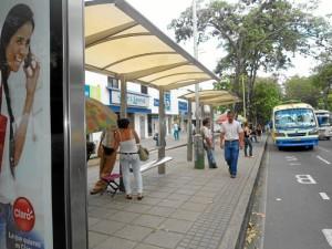 Solo en este tipo de paradas ya instaladas estarán ubicadas las estaciones de Metrolínea.
