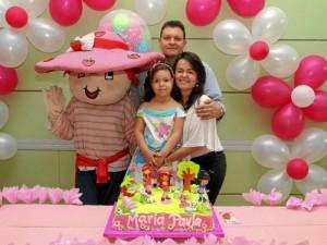 María Paula Cruz Porras, Carlos Cruz y Sandra Porras.