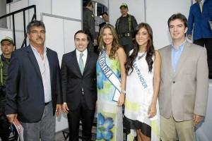 Wilson Gamboa, Richard Aguila; Señorita Colombia, Daniella Margarita Álvarez Vásquez; Señorita Santander, Andrea Liseth Tavera Sanabria y Juan Camilo Beltrán.