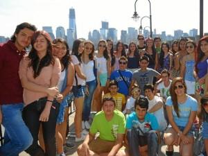 Estudiantes de los colegios San Diego, San Sebastián, Panamericano y La Presentación.