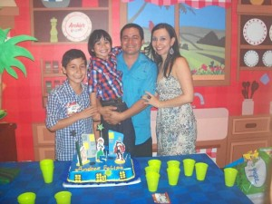 Julián Andrés Martínez, Andrés Felipe Martínez, Julián Martínez y Silvia Mahecha.