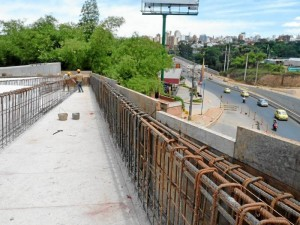 El puente estaría listo al final de la otra semana, es decir entre el 11 y 12 de agosto.