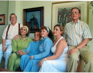 Carlos Gómez Sanabria, Luz Beatriz Gómez Sanabria, Beatriz Sanabria de Gómez, Martha Cecilia Gómez Sanabria, Maritza Leonor Gómez Sanabria y Héctor Jorge Gómez Sanabria.