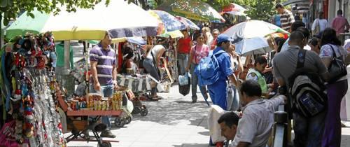 Vendedores ambulantes y comunidad de Cabecera
