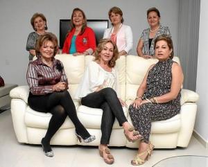 Amira Celis Gómez, Gloria Cruz, Gladis Oliveros de Acevedo, Lilia Amanda Patiño de Cruz, Lucy Cifuentes, Luz Dary Gualdrón y Cecilia de López.