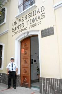 El consultorio jurídico de la Usta cumple 35 años de servicio a la comunidad.