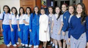 Las voleibolistas recibieron las felicitaciones por parte de las directivas del colegio. Suministradas /GENTE DE CABECERA