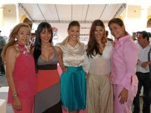 Luz Stella Vega, Michelle Parra, Paola Andrea Trujillo Ramírez, Señorita Santander 2012-2013; Laura Melissa Patiño, exseñorita Santander 2010-2011, y Yamile Guerra. Nelson Díaz / GENTE DE CABECERA