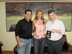 Luis Francisco Bohórquez, alcalde de Bucaramanga; Glenys Pedraza, primera dama de Bucaramanga, y Rafael Pardo Rueda, ministro de Trabajo. Suministrada Adolfo Herrera / GENTE DE CABECERA