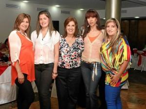 Alba Janeth Saavedra, Yency Nova, Clara Suescún, Martha Gamboa y Miriam Mi-lena Díaz.