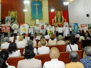 Los grupos apostólicos de San Pío X estuvieron presentes en la cele-bración.
