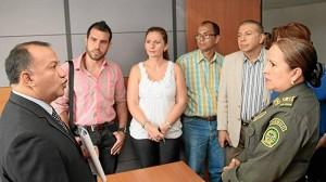 La Ordenanza 030 fue firmada el 13 de agosto de 2012 por el secretario del Interior René Garzón (izquierda). ( Foto de Archivo )