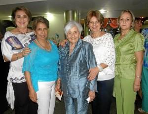 Nelly de Mejía, Luisa Salamanca, Carmencita de Camacho, Mercedes de Galvis y Yaneth de Arenas.