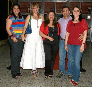 María Consuelo Carvajal, Alexandra Morales Ávila, Johana Valencia, Alejandro Hernández y Laura Mesa.