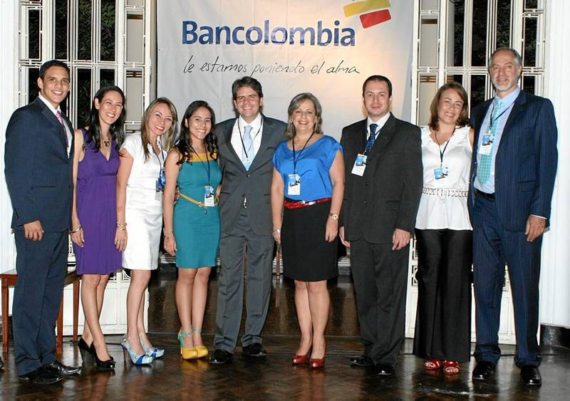 Resultado de imagen para bancolombia empleados