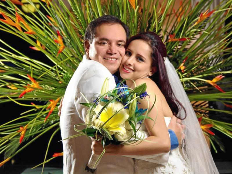 Iván Garzón Borré y Angélica Ávila Rodríguez contrajeron matrimonio y celebraron este grandioso paso con una recepción en la Finca Villa Edith.