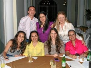 Juan Manuel Gómez, Sandra Rueda, Évelin Londoño, Olga Londoño, Carolina Becerra, Tatiana Becerra y Esperanza Moreno.