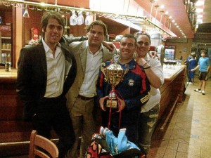 Sergio acompañó a la selección campeona del Suramericano Juvenil de Squash, en Chile.