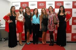 Natalia Pérez, Claudia Silvana González, Amelia Contreras, Patricia Herrera, Karina González, Sandra González y Maryuri González.