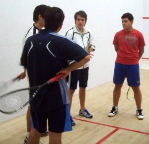 Sergio es entrenador de squash en el Club Unión.
