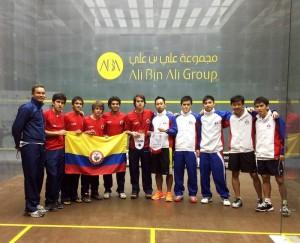 La selección colombiana asistió a un torneo internacional en Qatar, con ellos estuvo como delegado Sergio.