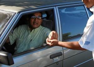 La persona que denunció el caso pidió más control a las personas que cobran parqueadero como si fuera legal su actividad.