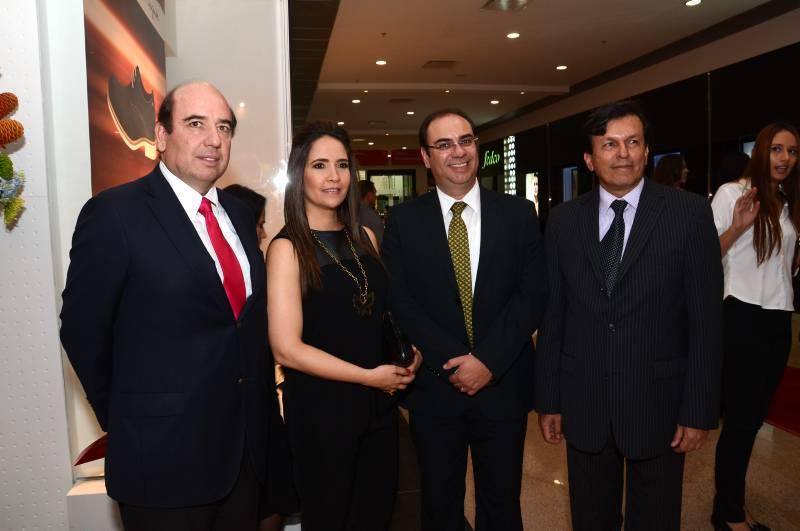 Patricio Lecaros, gerente general de La Polar, Pilar Echeverry (Marval), Carlos Valencia y Rafael Marín Valencia.