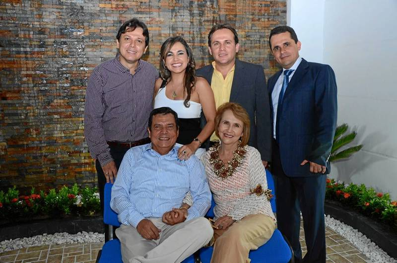 Gerson Ariel Santos, Geny Magaly Santos, Gustavo Adolfo Santos, Fabio Augusto Santos, José del Carmen Santos y Lucía Rodríguez.