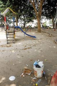 La ausencia del parquero es evidente en el panorama sucio de la zona.