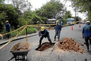 Obras en la vía a Pan de Azúcar altos.