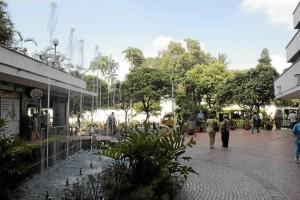 Junto de la fuente, frente a Davivienda, se respira un ambiente más seguro.