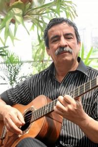 El maestro Pedro Nel Martínez abre la temporada de música colombiana en el centro Comercial Cuarta Etapa.