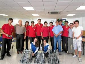 Este es el equipo del San Pedro que participará en el Torneo Nacional de Robótica VEX Robotics Competition.