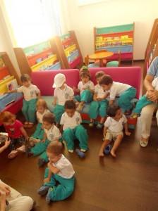 La biblioteca tiene lo necesario para iniciar en los niños el gusto por la lectura.