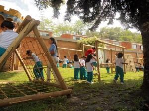 La zona de juegos es otra área que disfrutan los niños.