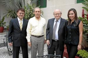 César Augusto Gómez, Gustavo Montoya, Faico Sies y Yenny Robayo.