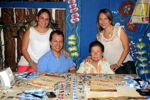 Claudia Parra, Jaime Payares, Elsa Espinoza y Judy Payares.