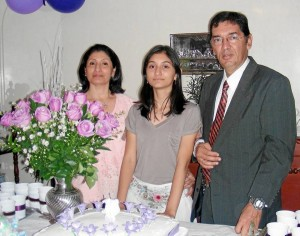 Diana Sierra, Carina Ar-ciniegas Sierra y Luis Hernando Arciniegas D.