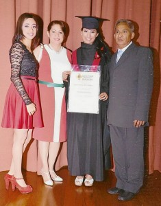 Carol Juliana Parra Na-varro, Jaydith Navarro Reyes, Laura Milena Pa-rra Navarro y Gerardo Parra Castro.